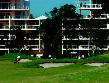 Golf and Accommodation Packages at Magnolia Lane